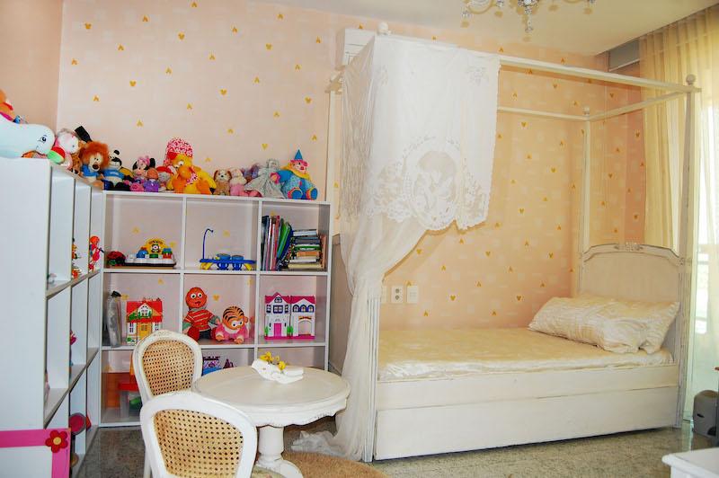 papel-de-parede-quarto-infantil-corações