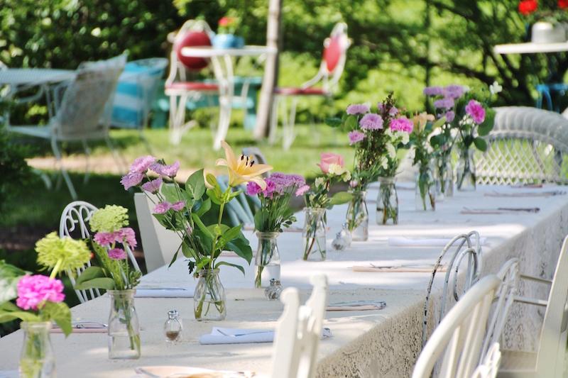 chá-de-bebê-ao-ar-livre-flores