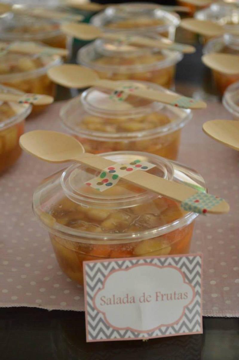 chá-de-bebê-salada-de-frutas