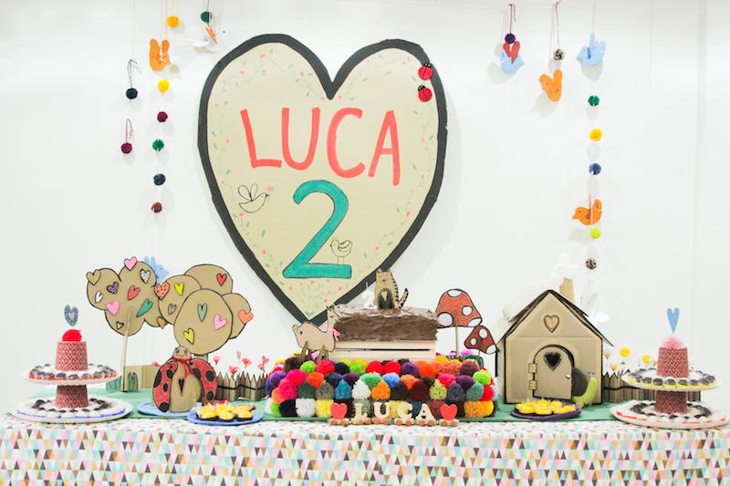 Festa Infantil feita com papelão – O amor é criativo