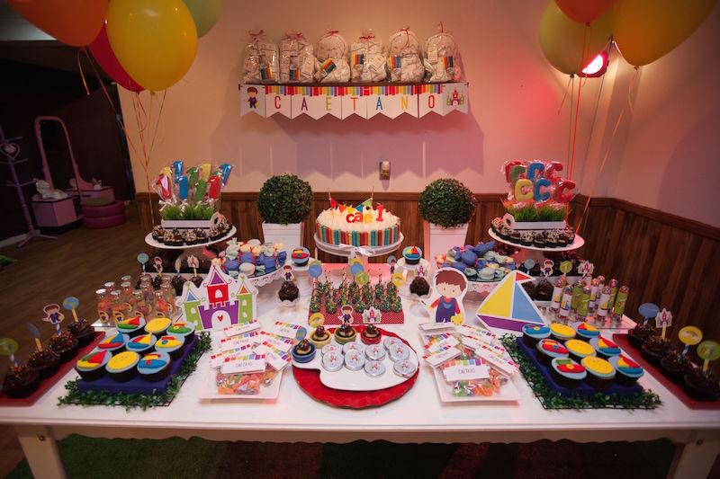 festa-aquarela-mesa-