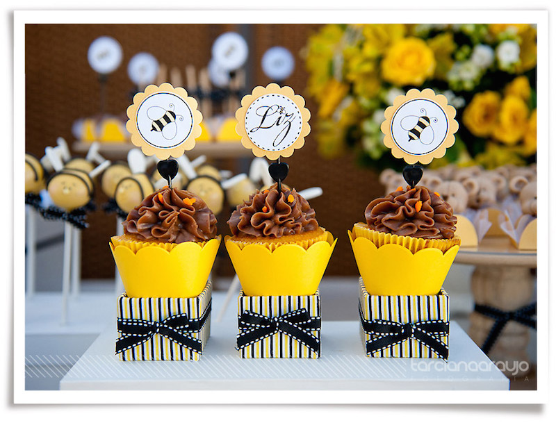 festa-infantil-abelhinha-cupcakes-