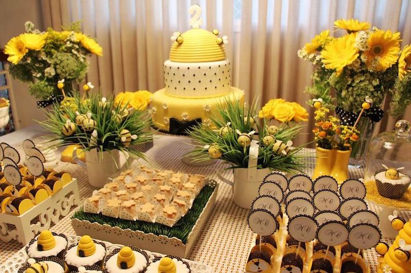 festa-infantil-abelhinha-flores-