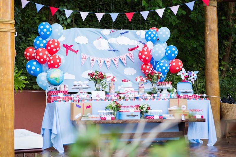 festa-aviões-azul-e-vermelho