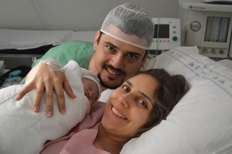 Relato de parto: Nasce uma filha, nasce uma mãe e um pai