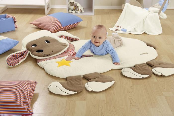 quarto-de-bebê-divertido