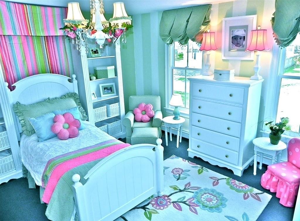 quarto-infantil-azul-rosa