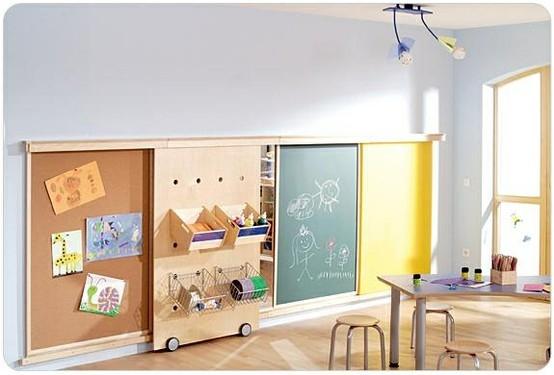 quarto montessori parede