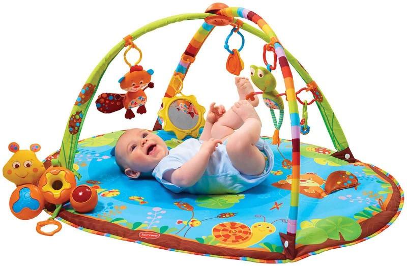 Brinquedos para bebês: O que comprar?