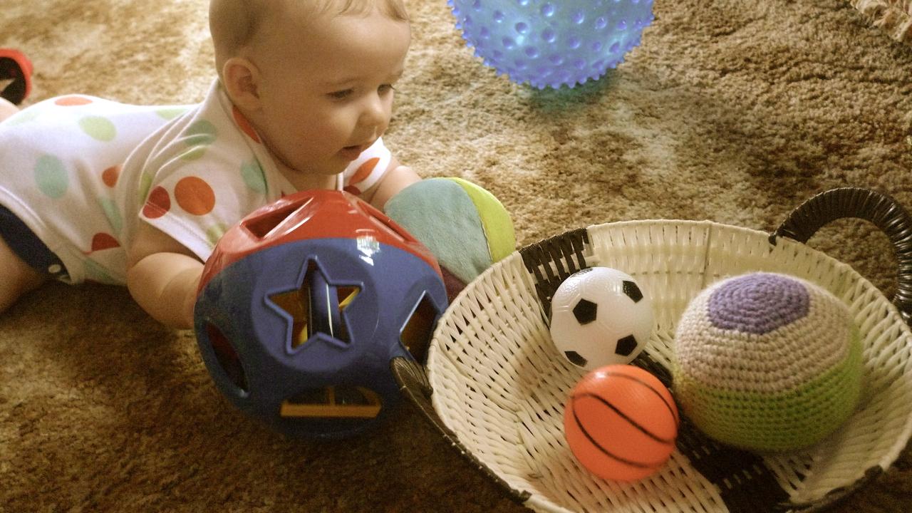 Desenvolvimento Infantil: Meu primeiro brinquedo