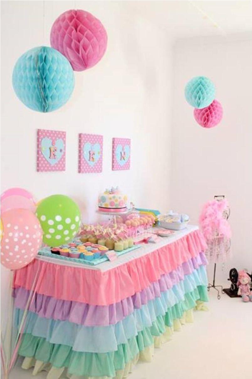 7 dicas imperd veis para uma festa infantil simples e barata. Black Bedroom Furniture Sets. Home Design Ideas