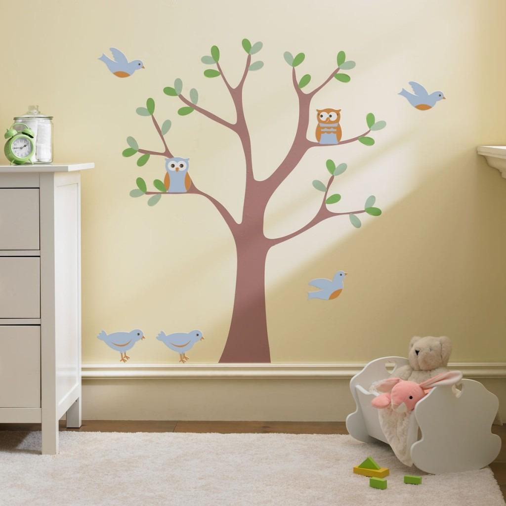 Como Decorar Um Quarto De Beb Em 8 Dicas ~ Poltrona Para Quarto Infantil E Decoração Simples Quarto