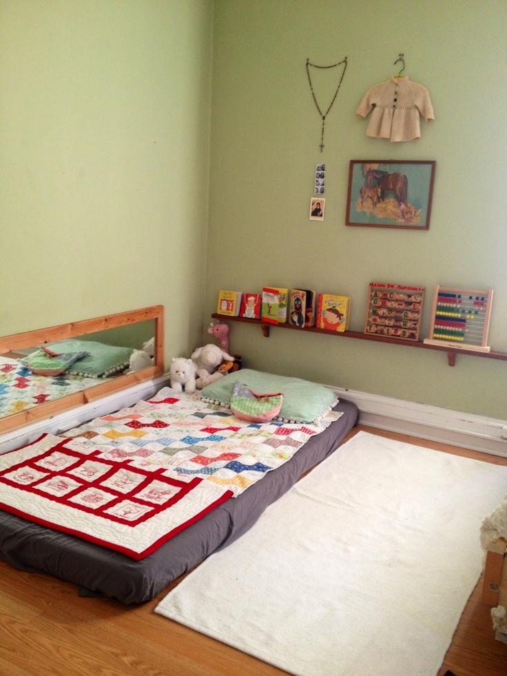 quarto de bebê barato montessori