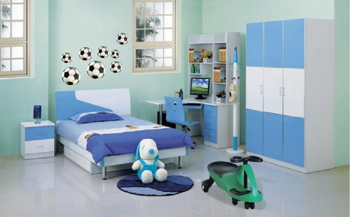 Fa a um incr vel quarto infantil com tema futebol em 6 dicas for Small couch for kids room