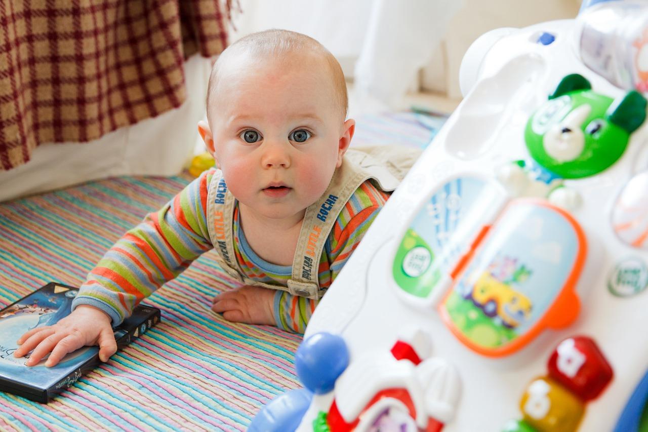 Desenvolvimento do bebê: 4 meses