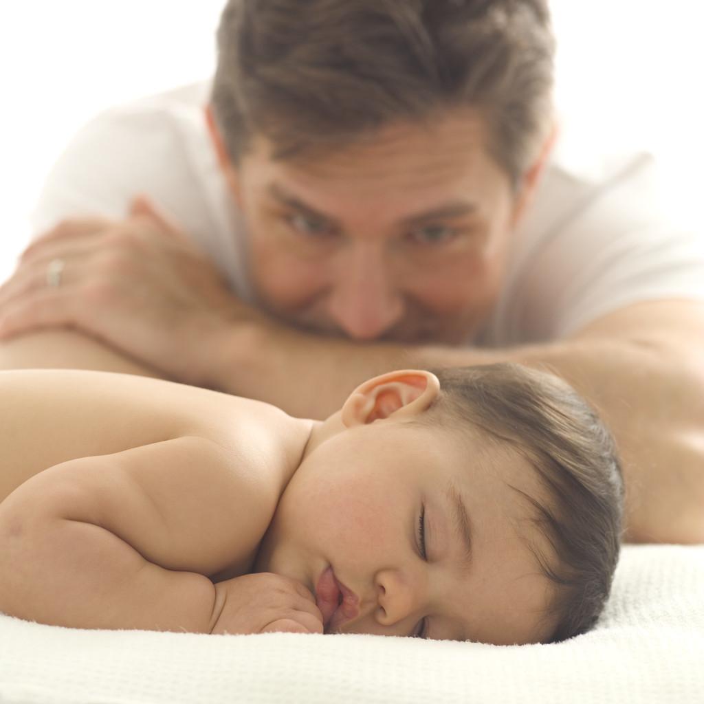 Veja como o pai pode ajudar no pós-parto