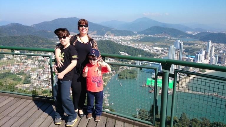 Entrevista com a mamãe Adriana do Filhos na Bagagem!