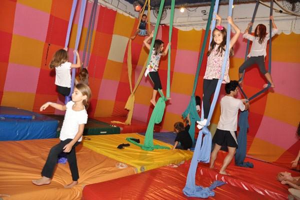espaço-kids-Galpao_do_circo