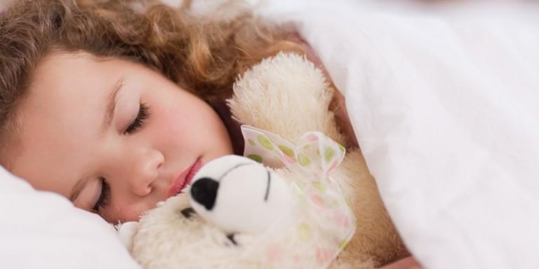 Cinco dicas práticas para o seu filho dormir bem