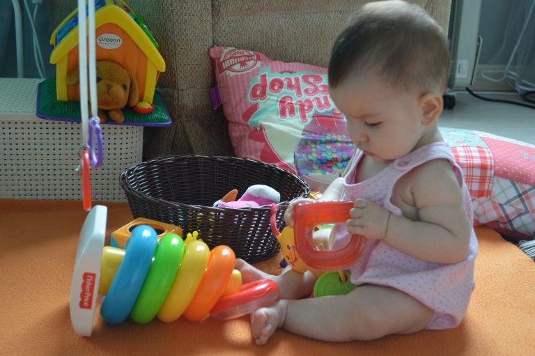 Montando um espacinho para o desenvolvimento do bebê- Quarto da Beatriz