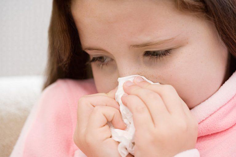 Como prevenir e tratar gripes e resfriados