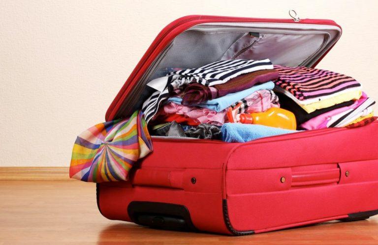 Oito técnicas para economizar espaço na mala de viagem