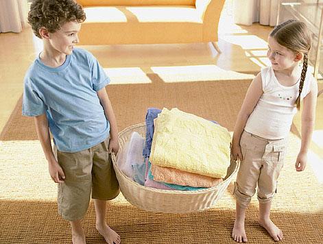 Crianças e tarefas: Meu pequeno grande ajudante!