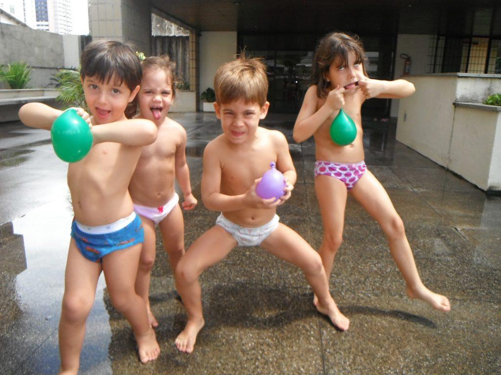 brincaderias-ao-ar-livre-baloes
