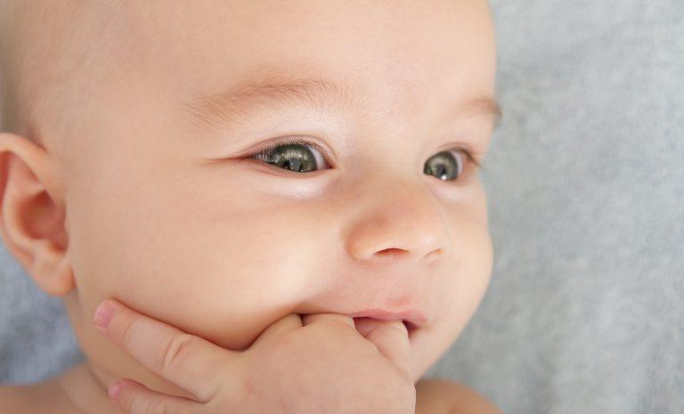 primeiros-dentes-do-bebe