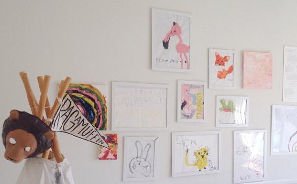 trabalhos-escolares-na-parede