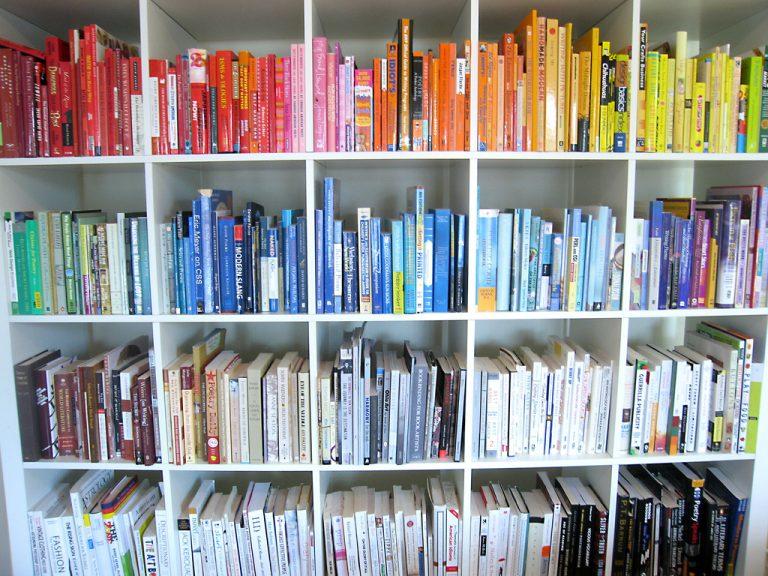 Dicas para mães que gostam de manter os livros organizados