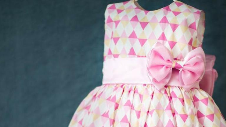 Escolhendo o vestido para o aniversário das minhas filhas