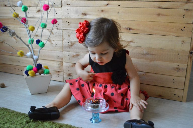 Aniversário da Beatriz de 2 Anos – Tema Bolinhas Coloridas