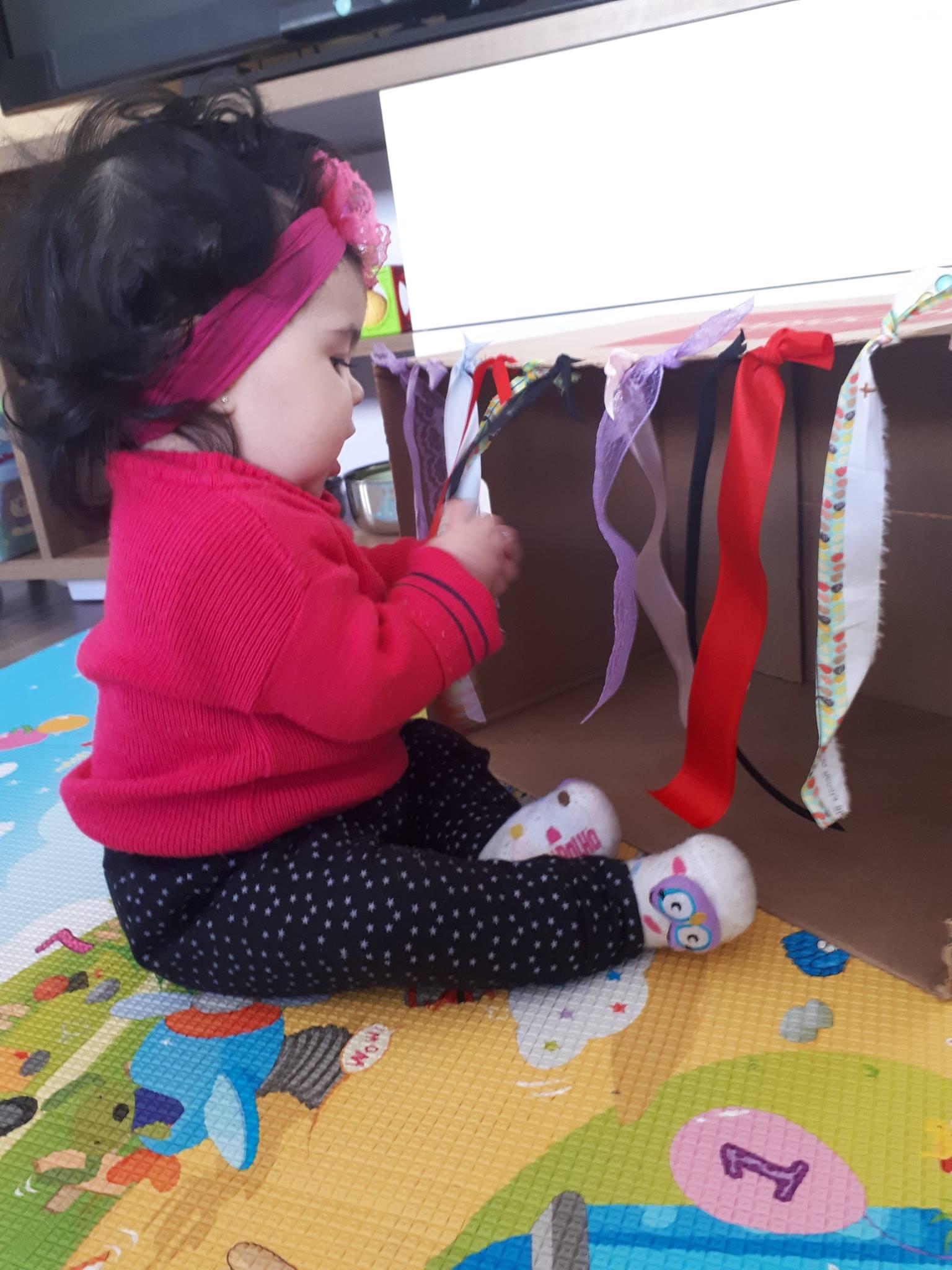 Inspirada Em Montessori Estante E Atividades Para Bebês De 7 Meses