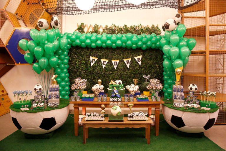 Decoração de Festa Infantil tema Copa do Mundo (10 ideias para te inspirar!)