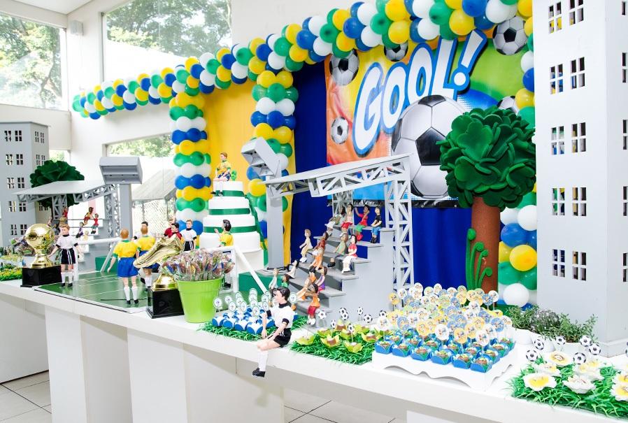 Decoração de festa infantil tema copa do mundo