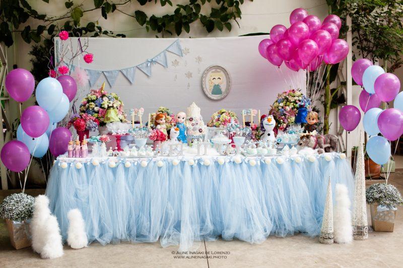 decoração para festa de princesa com o tema frozen
