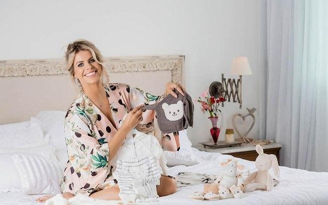 Karina Bacchi grávida aos 40 anos