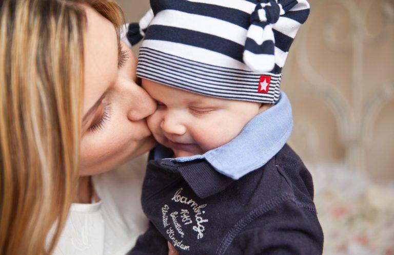 Dicas para ajudar na transição da maternidade para o trabalho