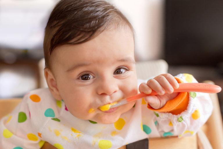Introdução Alimentar: Como apresentar os alimentos às crianças?