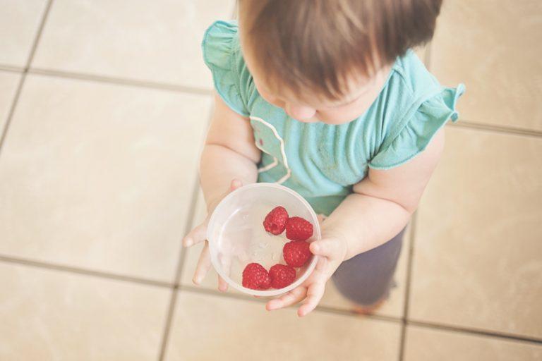 Alimentação Infantil: Dicas para estimular a criança a comer de tudo