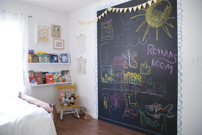 Chalk art: 15 ideias com quadro negro para quarto de crianças