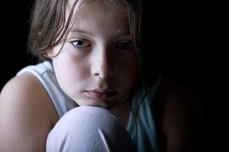 Saúde emocional infantil: xixi na cama impacta negativamente autoestima e qualidade de vida das crianças e familiares