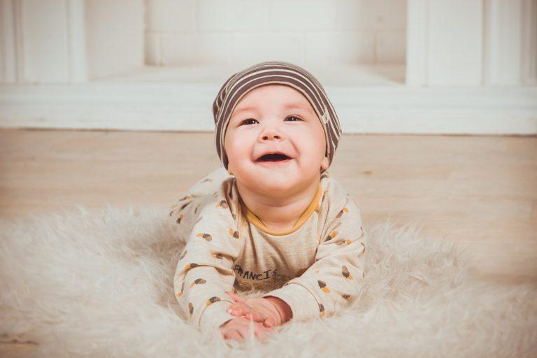 A escolha de nomes de bebês meninos e seus significados