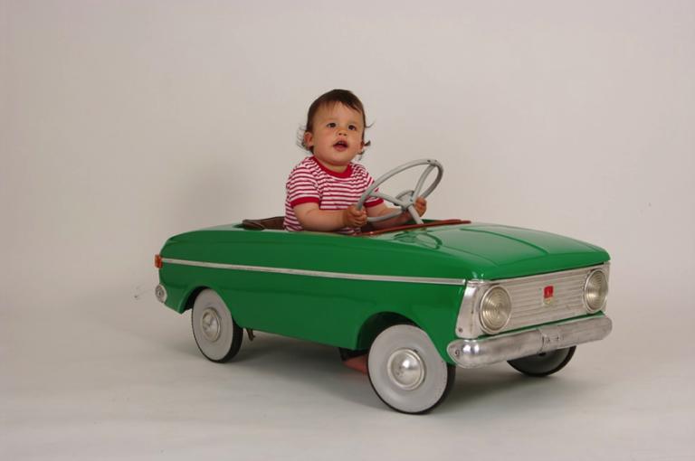 Dicas para dirigir com segurança com crianças a bordo