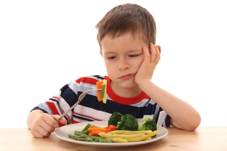 Alimentação Infantil: Como ajudar seu filho a comer vegetais
