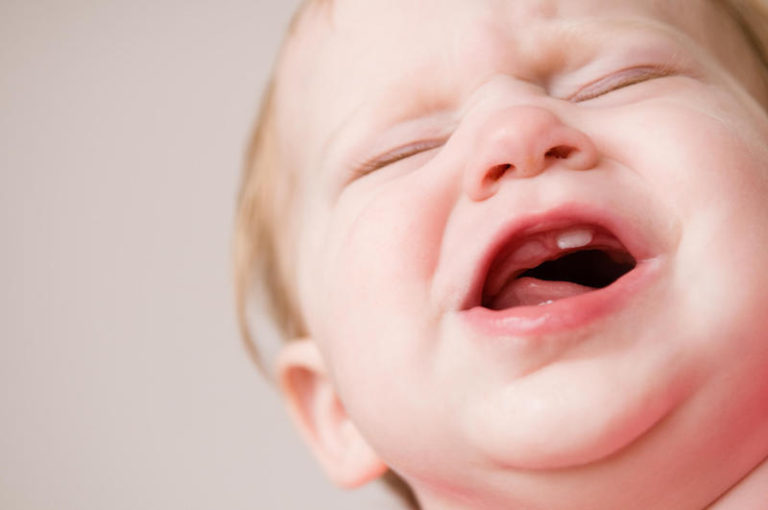 Nascimento dos dentes – como aliviar o desconforto desse momento?
