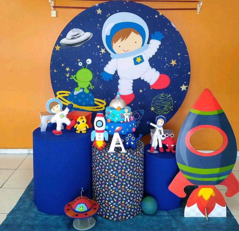 Festa de astronauta: fotos