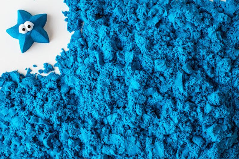 como fazer areia colorida