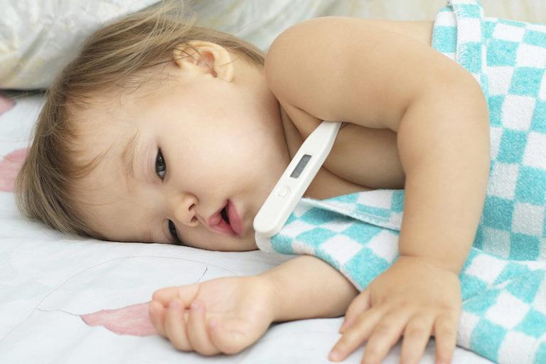 Febre Infantil – O que fazer? Quando procurar o médico?